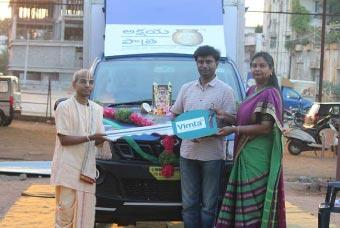 VIMTA labs donates vehicle to Akshaya Patra in Hyderabad